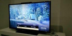 40-inch Smart TVs