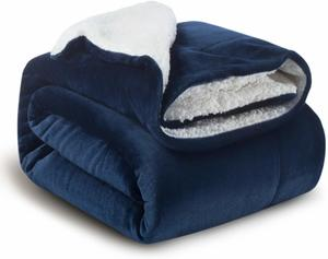 #10- Bedsure Sherpa Fleece Soft Blanket