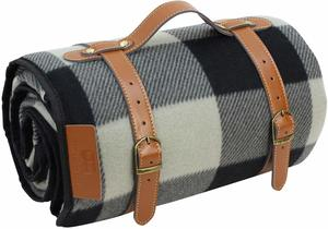6. PortableAnd Extra Large Picnic & Outdoor Blanket