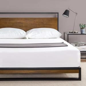 8. Zinus Suzanne Metal and Wood Platform Bed