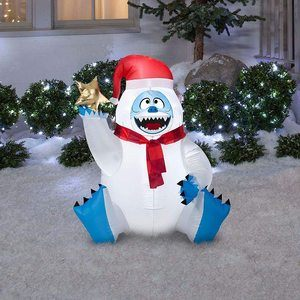 4. Gemmy Airblown Inflatable Bumble With Star