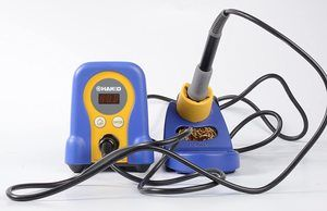 6. Hakko FX888D-23BY Digital Soldering Station