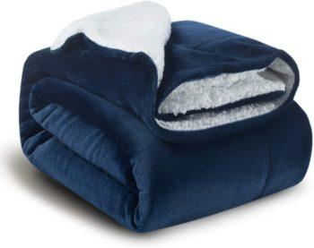 #2. BedSure Breathable Soft Blanket