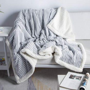 9. Dissa Softest Blanket