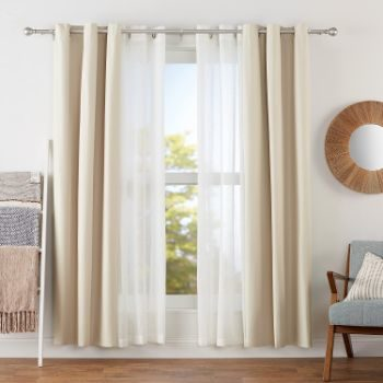 9. AmazonBasics 1 Double Extendable Curtain Rods