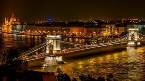25) BUDAPEST (Hungary)